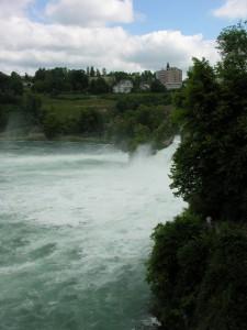 2009-05-31 08-27-49 Switzerland Schaffhausen Laufen_01